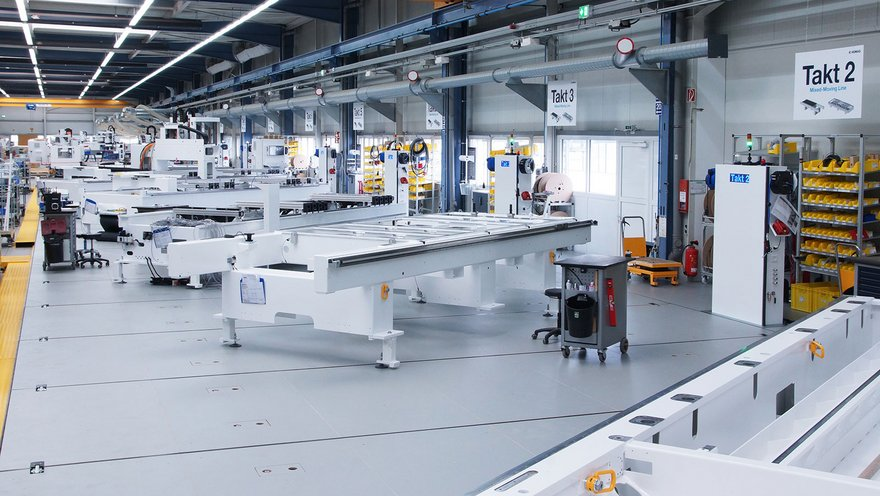 Production hall HOMAG Bohrsysteme GmbH
