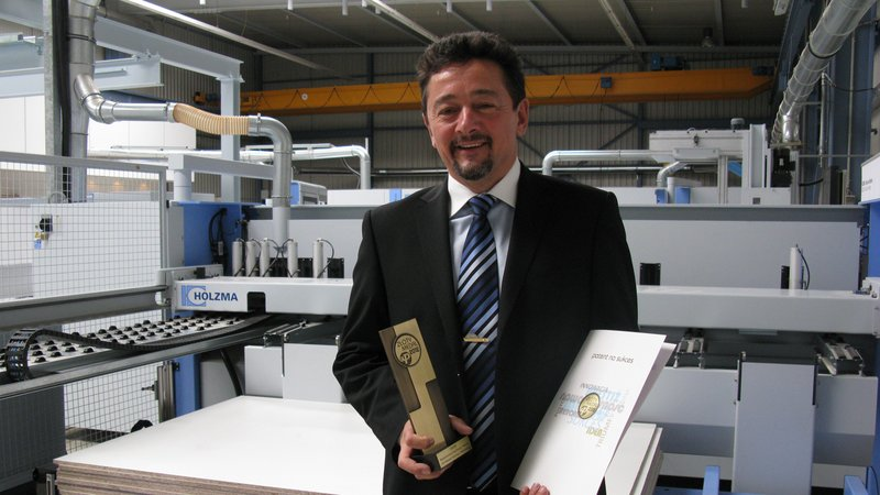 HOLZMA wins Gold for innovative Easy2Feed
