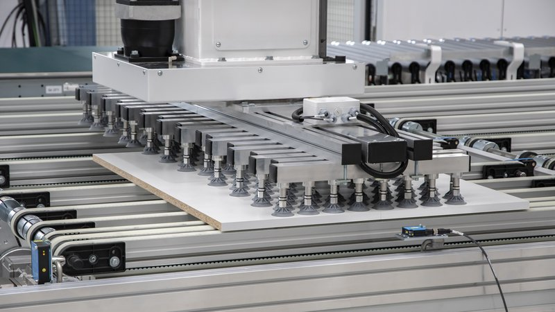 Edge circulation unit LOOPTEQ C-500: Creation of pairs of workpieces | HOMAG