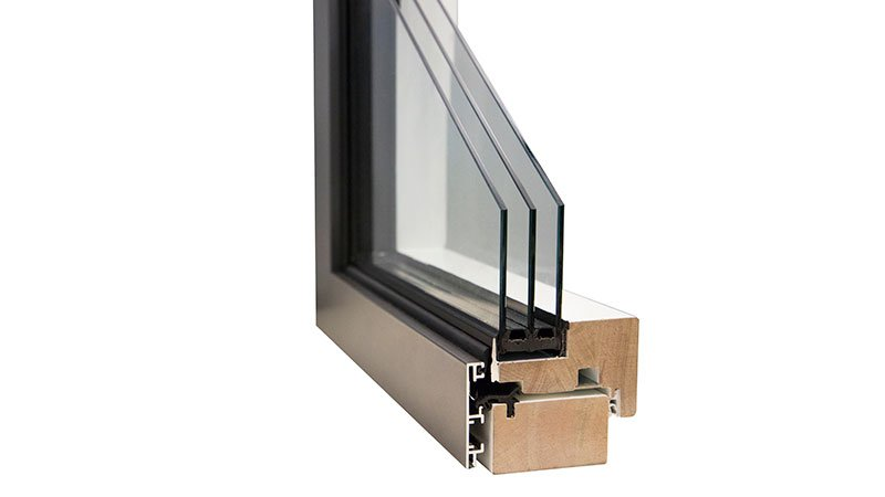 Narrow window cross-sections for integrated windows with a glued pane