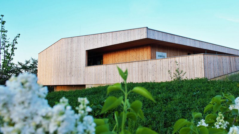 WEINMANN Carpentry Roßner produces sustainable houses insulated with wood fiber.