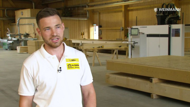 With the investment in the multifunctions bridge WALLTEQ M-120 and the two assembly tables, the carpentry Gätke has automated the timber frame construction.