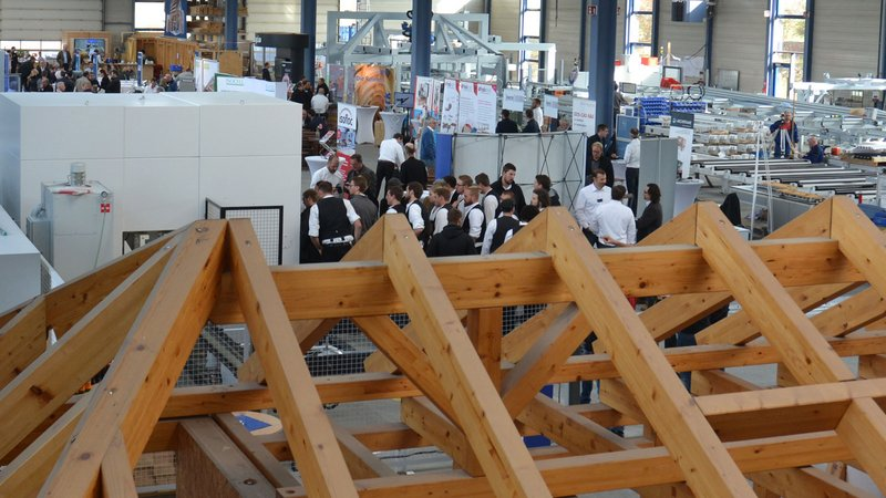 Timber framers from all over the world visit WEINMANN.