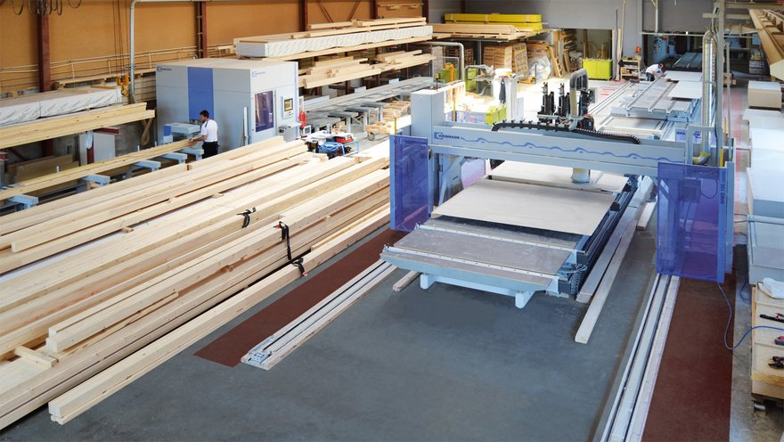 WEINMANN carpentry machine and compact line combined to a complete production line
