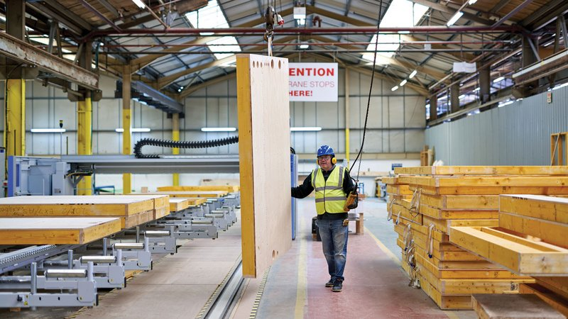 Prefabrication of the elements in timber construction