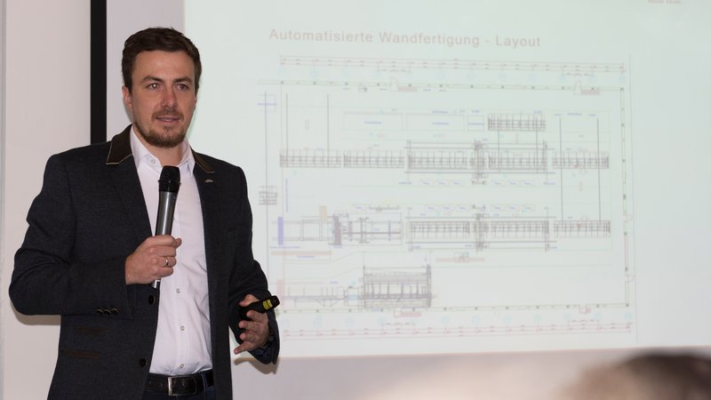 Xaver Haas of Haas Fertigbau GmbH reported about the new wall production line.