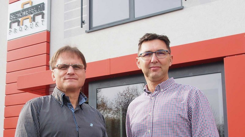 Andreas Balnuweit (left) and Andreas Watzinger have developed the company into a high-performance manufacturing specialist for panel processing.