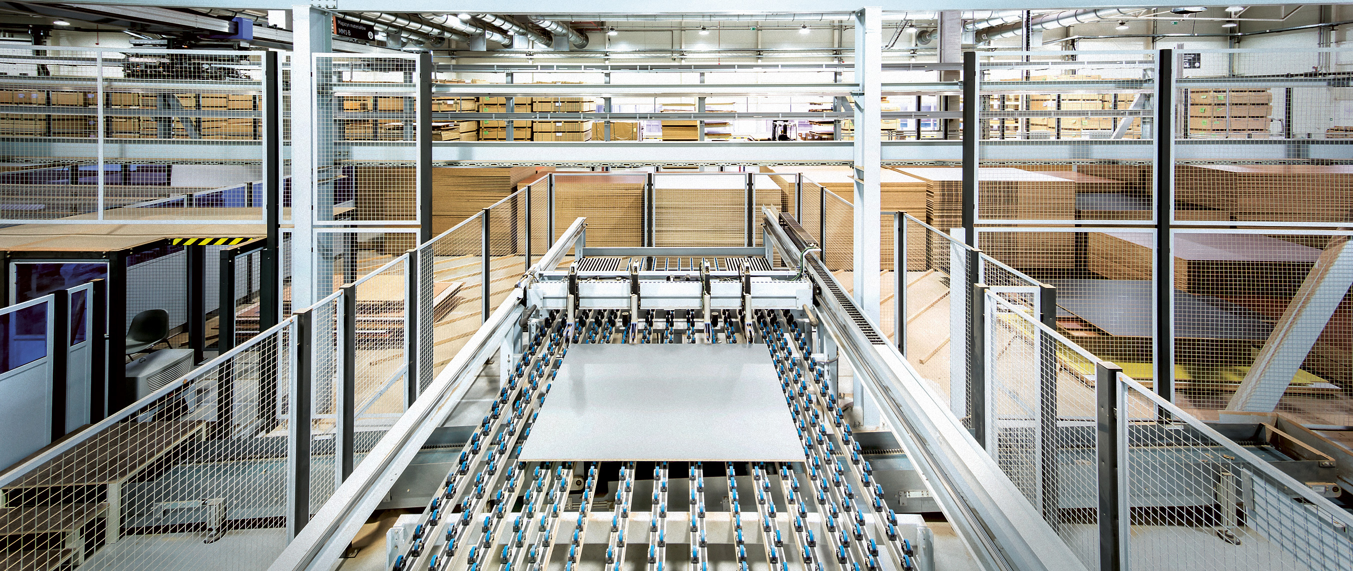 Industry 4 0 4 000 furniture ponents leave Nowy Styl